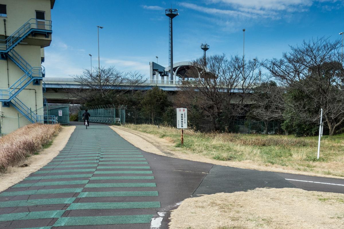 [IMAGE]多摩川サイクリングロード